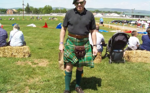 Show us your Irish kilt(s)
