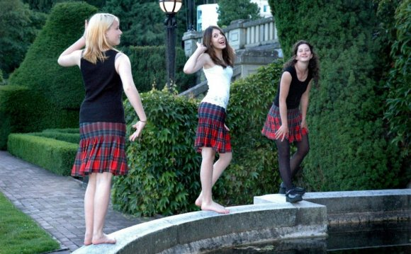 Formal Dresses: Scottish kilt